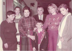 -Η Τζοβάνα Φραγκούλη, η Κική Λαζόγκα, ο κύριος και η κυρία Γουλανδρή, η Μαρία Παρίτση, η Μαρία Παξινού